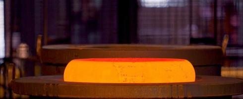 une-pie-matricee-presse-40-000-tonnes-chez-aubert